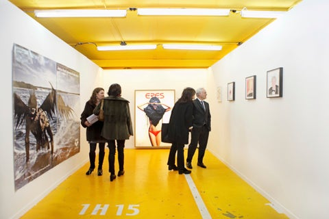 Yellow, Floor, Ceiling, Exhibition, Art gallery, Museum, Art exhibition, Visual arts, Collection, Vernissage,