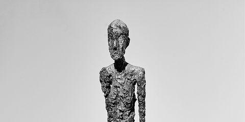 Shoulder, Standing, Joint, Style, Waist, Knee, Neck, Sculpture, Monochrome, Chest,
