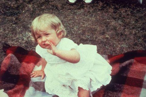 Mouth, Child, Baby & toddler clothing, Plaid, Toddler, Tartan, Baby,