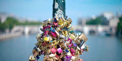 Padlock, Lock, Fashion accessory, Plastic, Christmas tree,