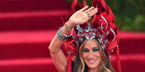 Red, Fashion accessory, Hair accessory, Headgear, Costume accessory, Headpiece, Lipstick, Costume, Makeover, Tradition,