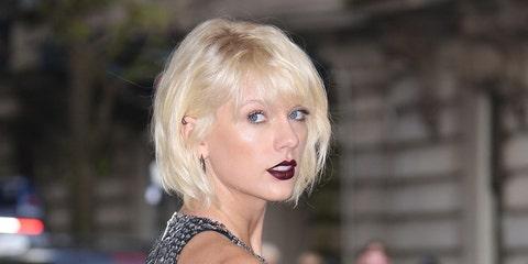 Nose, Lip, Mouth, Hairstyle, Chin, Eyebrow, Eyelash, Beauty, Jewellery, Blond,