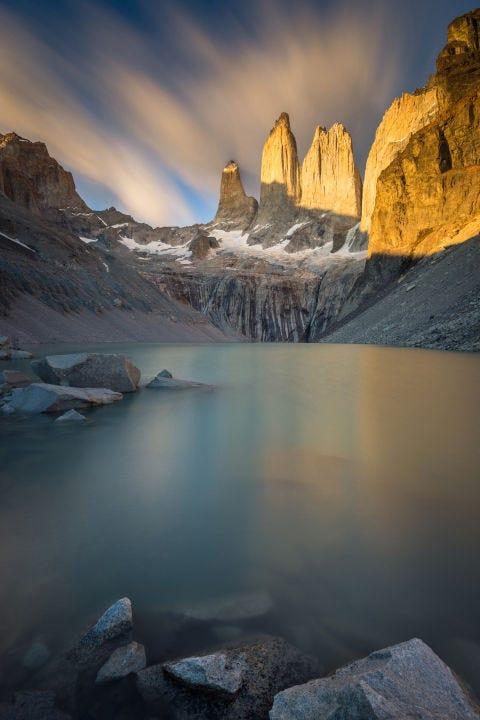 Natural landscape, Mountainous landforms, Rock, Mountain, Tarn, Reflection, Mountain range, Geology, Glacial lake, Formation,