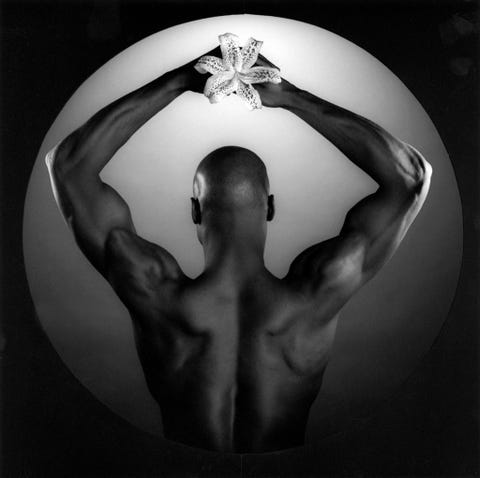 Monochrome photography, Chest, Black-and-white, Monochrome, Muscle, Trunk, Symbol, Barechested, Symmetry, Bodybuilder,