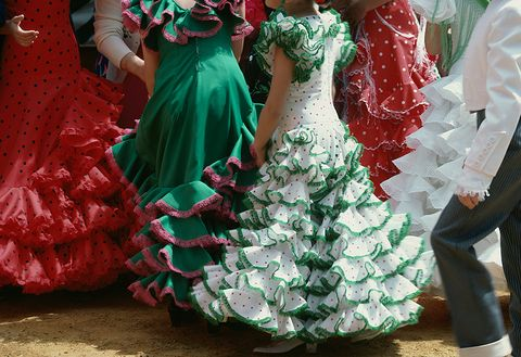 Green, Red, Dress, Dance, Flamenco, Event, Tradition, Dancer, Plant, Gown,