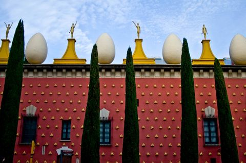 Architecture, Landmark, Roof, World, Finial, Symmetry, Dome, Place of worship, Holy places,