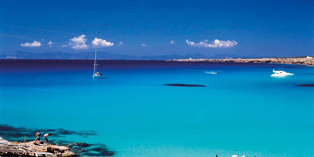 9 lugares (y un secreto) para que no te arruines en Formentera