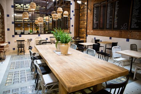 Wood, Lighting, Furniture, Table, Interior design, Hardwood, Restaurant, Flowerpot, Chair, Glass,