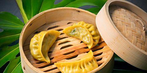 Leaf, Food, Produce, Cuisine, Recipe, Dish, Natural foods, Food steamer, Whole food, Dishware,