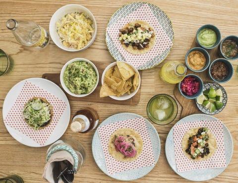 Dishware, Food, Cuisine, Serveware, Tableware, Meal, Table, Dish, Bowl, Ingredient,