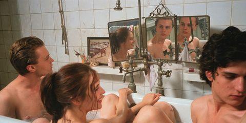 Bathing, Barechested, Mouth, Room, Muscle, Bathtub, Flesh,
