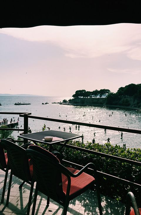 Water, Sky, Sea, Coast, Shore, Tree, Vacation, Ocean, Table, Tourism,