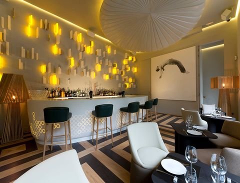 Interior design, Lighting, Room, Furniture, Dishware, Ceiling, Interior design, Table, Floor, Wall,