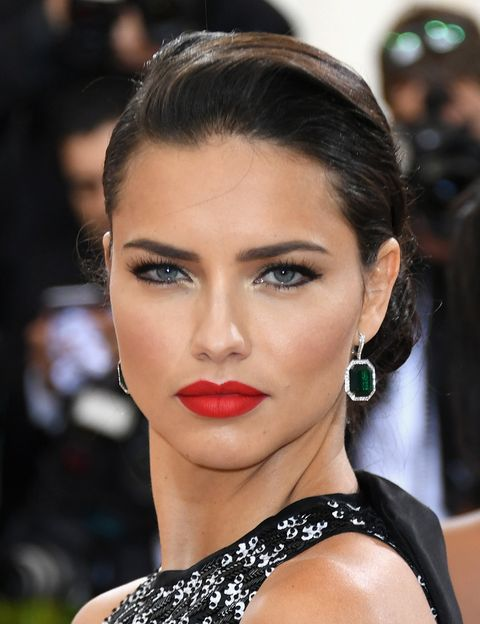 Face, Nose, Ear, Lip, Earrings, Hairstyle, Chin, Forehead, Eyebrow, Eyelash,
