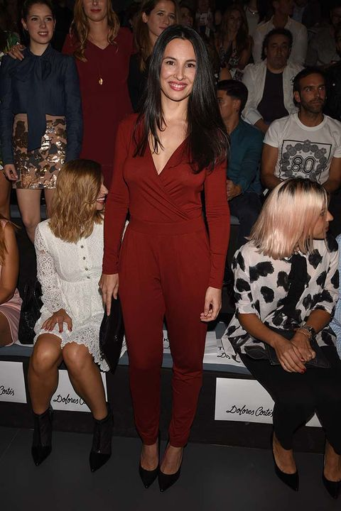 Arm, Leg, Trousers, Event, Shoulder, Outerwear, Style, Dress, Fashion, Thigh,