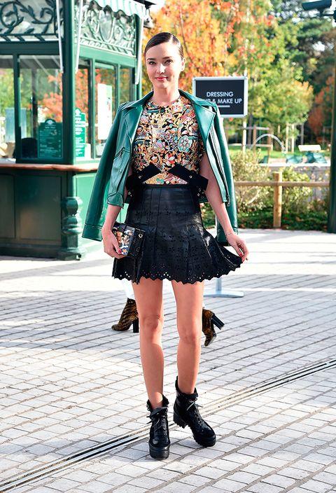 Clothing, Leg, Human leg, Joint, Outerwear, Fashion accessory, Style, Street fashion, Bag, Jewellery,