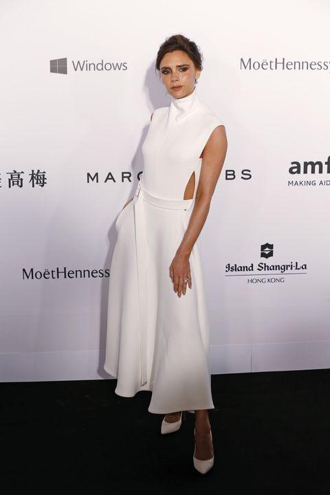 Sleeve, Shoulder, Dress, Style, Formal wear, One-piece garment, Fashion model, Eyelash, Model, High heels,