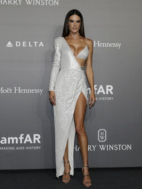 Fashion model, Dress, Shoulder, Clothing, Fashion, Cocktail dress, Joint, Neck, Thigh, Leg,