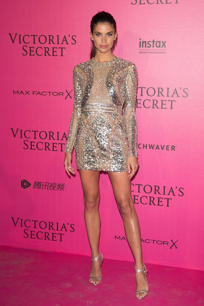Excepcional Victoria Vestidos De Dama Secreto Colección de Imágenes ...