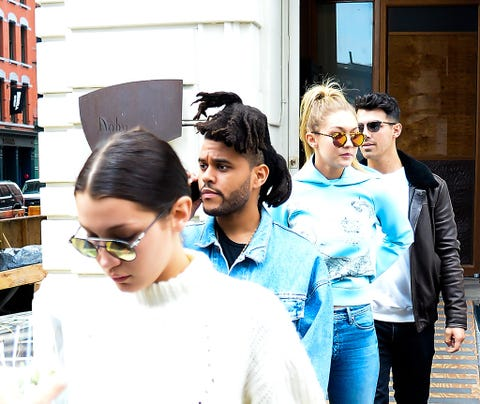 Eyewear, Vision care, Glasses, Jeans, Shirt, Denim, Outerwear, Style, T-shirt, Sunglasses,