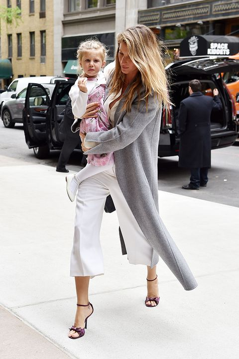 Footwear, Leg, Trousers, Outerwear, Coat, Style, Street fashion, Bag, Luggage and bags, High heels,