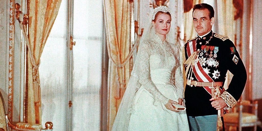 grace kelly llevó un segundo vestido el día de su boda (del que