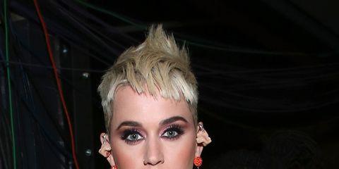 Earrings, Eyelash, Red, Jewellery, Style, Fashion, Eye shadow, Model, Eye liner, Body jewelry,