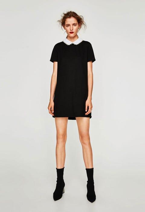 Clothing, Shoulder, Fashion model, Black, Joint, Neck, Sleeve, Standing, Footwear, Knee,