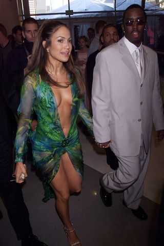 Resultado de imagen para jlo jungle dress p diddy