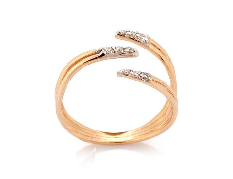 Jewellery, Fashion accessory, Ring, Engagement ring, Finger, Wedding ring, Wedding ceremony supply, Body jewelry, Bangle, Metal,