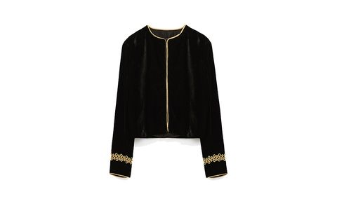 Sleeve, Collar, Clothes hanger, Costume design, Active shirt, Fashion design, Sweater, Long-sleeved t-shirt,
