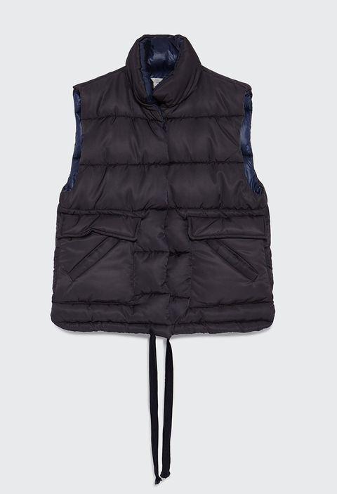 ae41ca50837cb 15 abrigos de Zara para comprar en rebajas y lucir en otoño