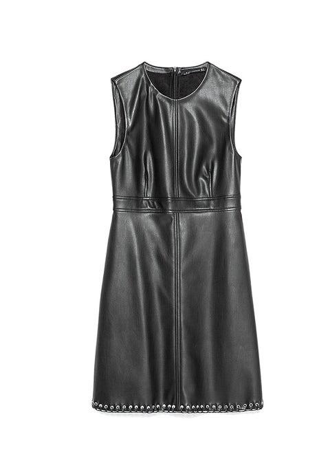 Dress, Textile, White, Style, One-piece garment, Pattern, Fashion, Black, Day dress, Fashion design,