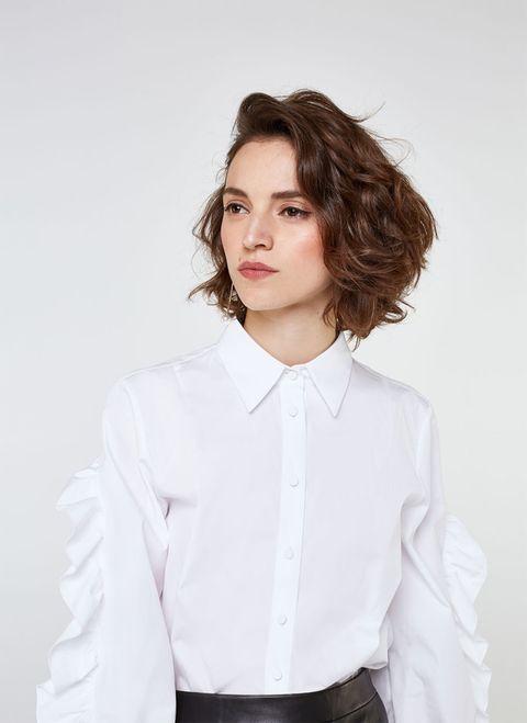 White, Hair, Clothing, Hairstyle, Shirt, Blue, Dress shirt, Sleeve, Beauty, Collar,
