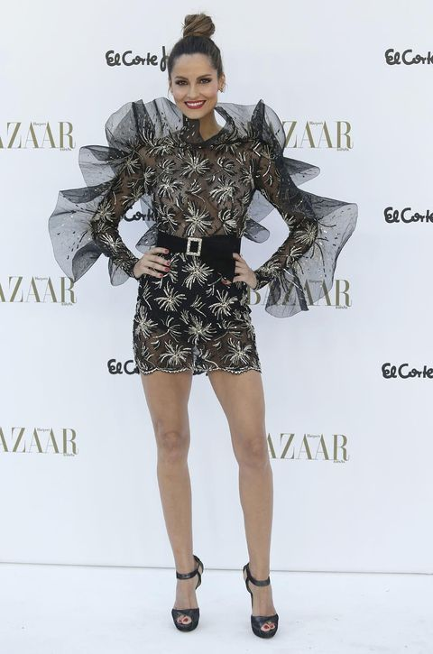 Fashion model, Clothing, Fashion, Dress, Fashion show, Footwear, Fashion design, Leg, Cocktail dress, Shoulder,