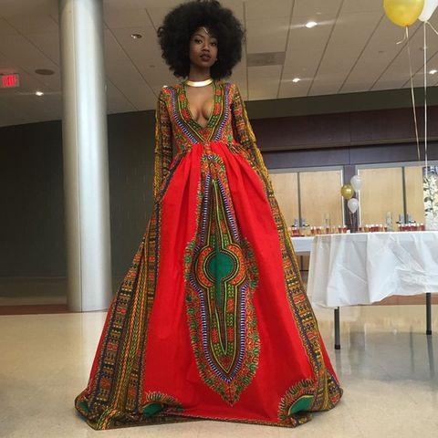 Dress, Textile, Tablecloth, Jheri curl, Jewellery, Fashion, Gown, One-piece garment, Costume design, Costume,