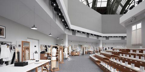Interior design, Floor, Ceiling, Interior design, Hall, Collection, Light fixture, Shelf, Cabinetry, Shelving,