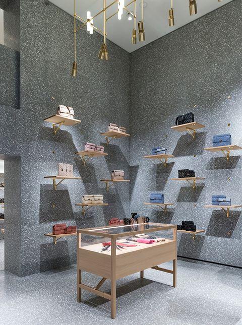 Interior design, Wall, Room, Furniture, Floor, Shelf, Tile, Ceiling, Architecture, Table,