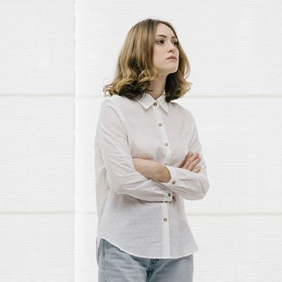 Product, Collar, Sleeve, Shoulder, Elbow, Shirt, Standing, Joint, White, Denim,