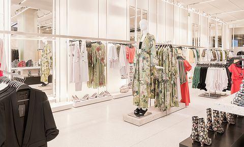 Boutique, Fashion, Outlet store, Room, Interior design, Automotive design, Design, Fashion design, Building, Costume design,