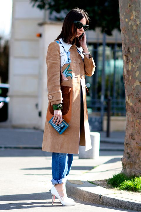 Clothing, Shoulder, Bag, Textile, Outerwear, Goggles, Sunglasses, Coat, Fashion accessory, Style,