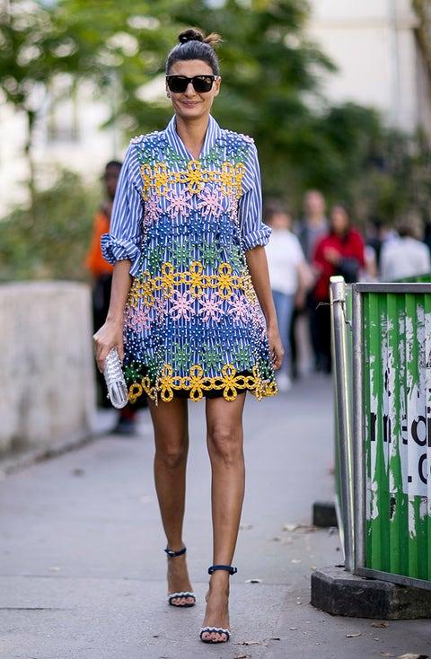 Clothing, Street fashion, Fashion, Yellow, Blue, Eyewear, Footwear, Electric blue, Cobalt blue, Shoulder,