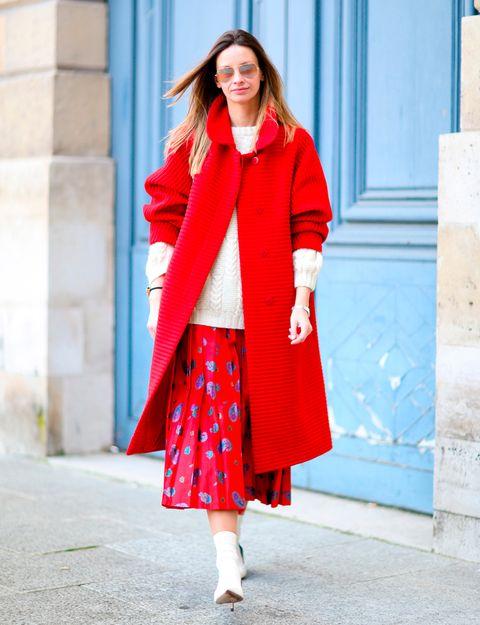 Clothing, Sleeve, Shoulder, Textile, Outerwear, Bag, Style, Street fashion, Fashion, Pattern,