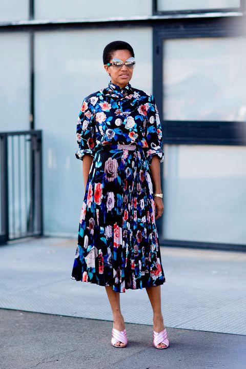 Clothing, Street fashion, Fashion, Fashion model, Pattern, Dress, Footwear, Design, Fashion design, Fashion show,