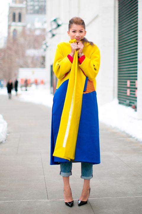 Winter, Standing, Street fashion, Electric blue, Slipper, Costume, Bag, Cobalt blue, Freezing, Snow,