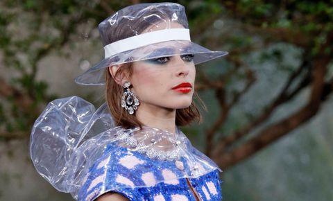 Clothing, Hat, Beauty, Lip, Sun hat, Fashion, Headgear, Fashion accessory, Photography, Dress,