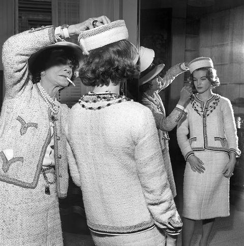 9d6f9b173 En 1910 Coco Chanel abrió su primera boutique de sombreros
