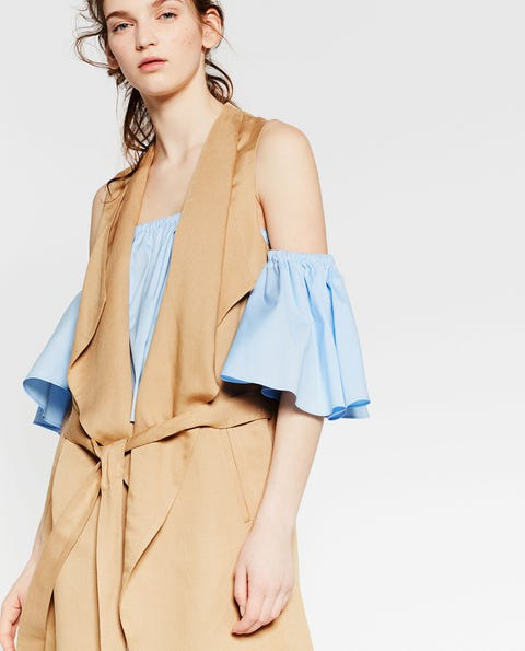 Clothing, Sleeve, Shoulder, Textile, Joint, Collar, Fashion model, Style, Fashion, Day dress,