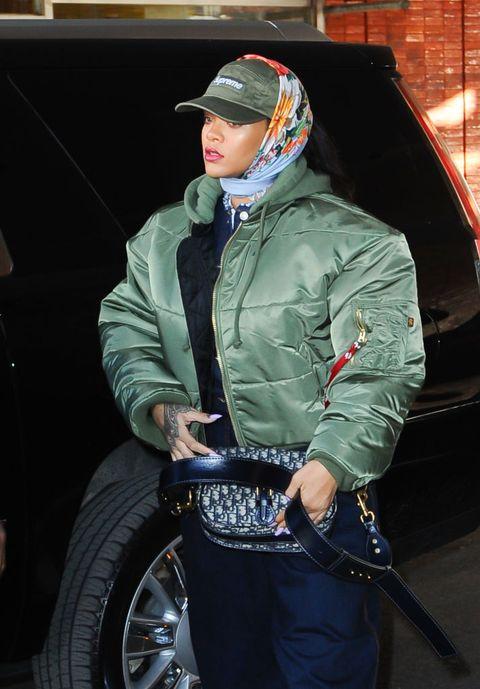 Outerwear, Jeans, Jacket, Tire, Cool, Denim, Vehicle, Headgear, Textile,