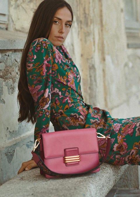 Clothing, Shoulder, Green, Pink, Magenta, Maroon, Joint, Purple, Fashion, Bag,